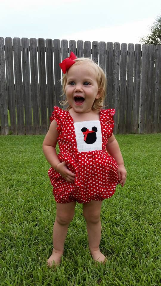Hey, I found this really awesome Etsy listing at https://www.etsy.com/listing/199455885/smocked-mouse-bubble-preorder