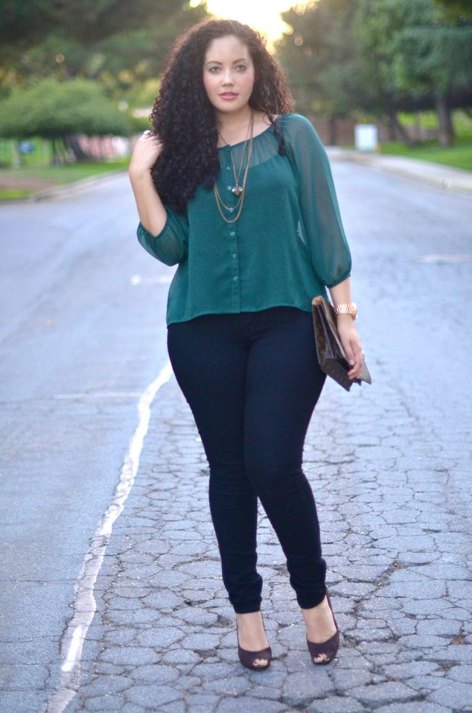 Signature Look | www.GirlWithCurves.tumblr.com Top: H&M Neck… | Flickr