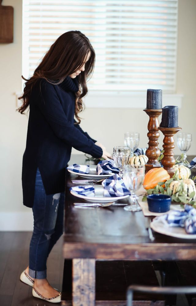farmhouse inspired thanksgiving table. | Corilynn | Bloglovin'