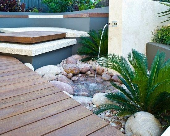 Cascade de jardin, fontaine et bassin- 80 oasis modernes Cascade - terrasse bois avec bassin