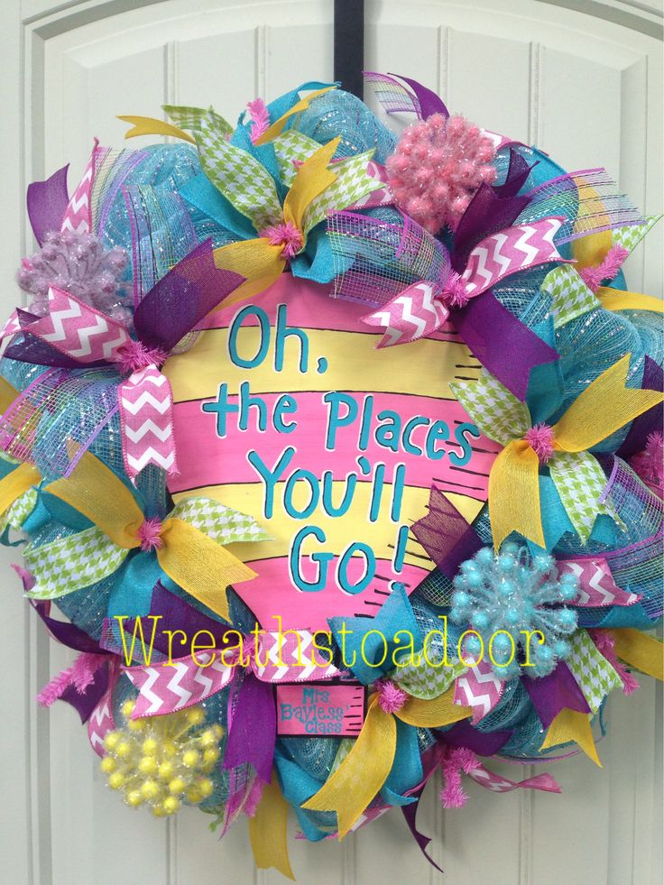 Dr Seuss themed mesh wreath for teacher!  www.facebook.com/wreathstoadoor