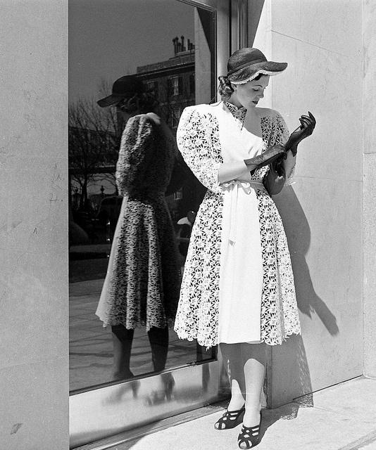 Cotton Fashions 1939, Alfred Eisenstaed. via Flickr