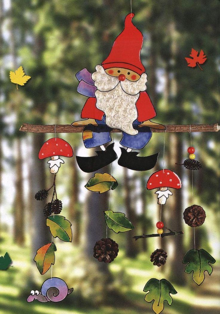 Σε συνέχεια τις προηγούμενης ανάρτησής μου με τις φθινοπωρινές διακοσμητικές γιρλάντες που μπορούν να μετατραπούν και σε mobile για να δια...