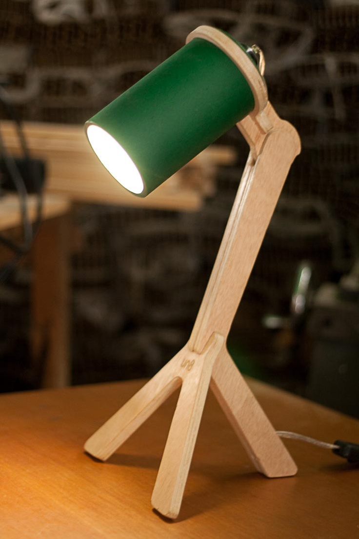 Resultados de la Búsqueda de imágenes de Google de http://unocho.com/wp-content/uploads/2011/05/lampara-carton-tube-diseno-industrial1.jpg