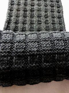 """15.10.2015  Ich habe den Auftrag erhalten, einen Schal für einen Mann zu stricken.. """"sooo in Grau, Anthrazit vielleicht, oder in Schwarz… """"  Männer sind wahrhaftig """"einfach ..."""