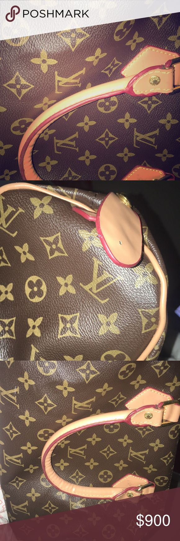 Louis Vuitton purse Like New !!!! willing to go down on the price Louis Vuitton Bags Totes