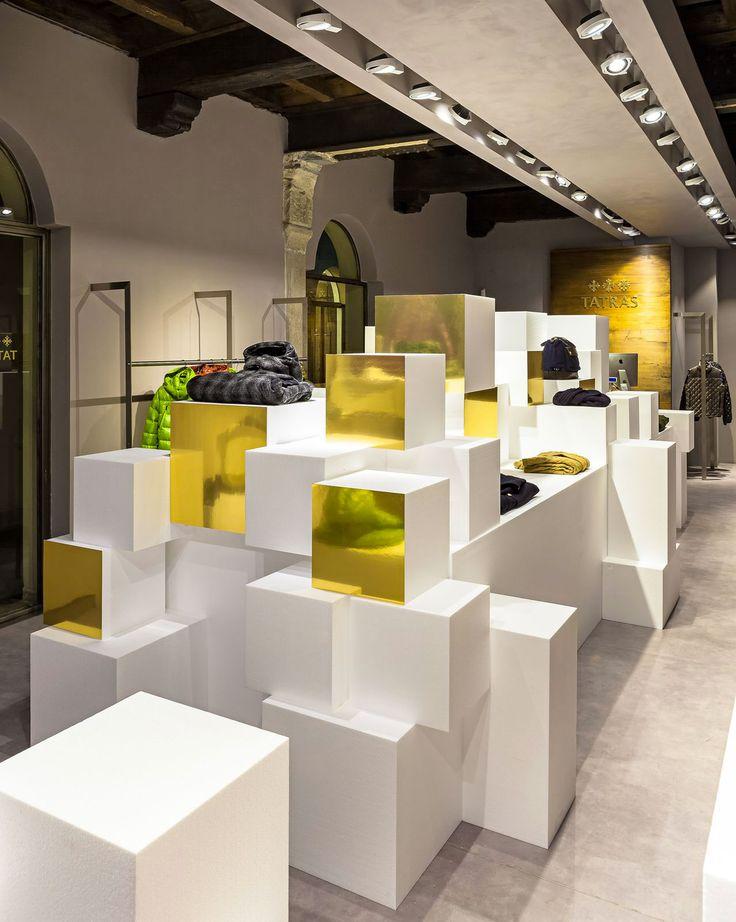 2-retail_tatras_natale_1 #Retail #Interior #Design