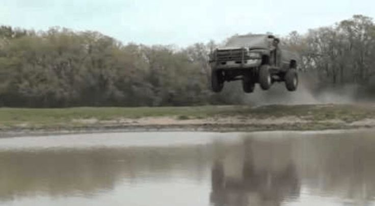 Idiot Jumps Dodge Ram Into Pond, Must Walk From Now On - http://vixert.com/idiot-jumps-dodge-ram-pond-must-walk-now/