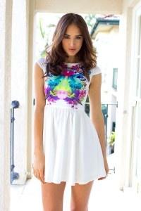 Krótka sukienka z nadrukiem