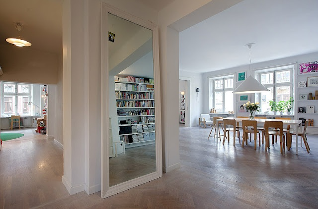 MirrorDining Room, Empty Spaces, White Spaces, Open Spaces, Big Mirrors, Living Room, Pendants Lights, Studios Apartments, Mirrors Mirrors