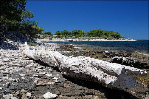 beach, island Brac, Croatia www.roomsunce.com