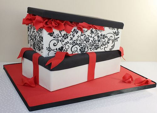 Shoe Box Cake | My first stenciling attempt. Chickened out a… | Flickr