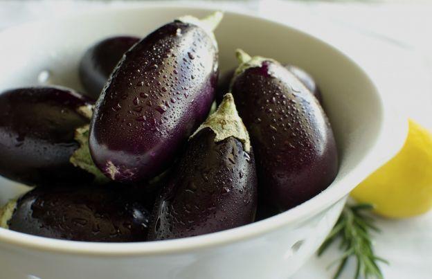 Le melanzane: l'alimento ottimo contro cellulite, depurano il fegato ed abbassano la pressione