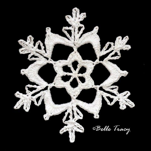 365 Crochet Snowflakes By Belle Tracy