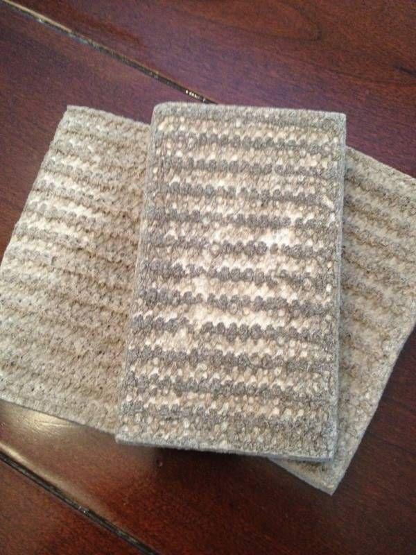Microfaser reinigen * 99% Isopropyl Alcohol - I used 2 - 16 oz bottles * a clean, dry, spray bottle * new scrub sponge