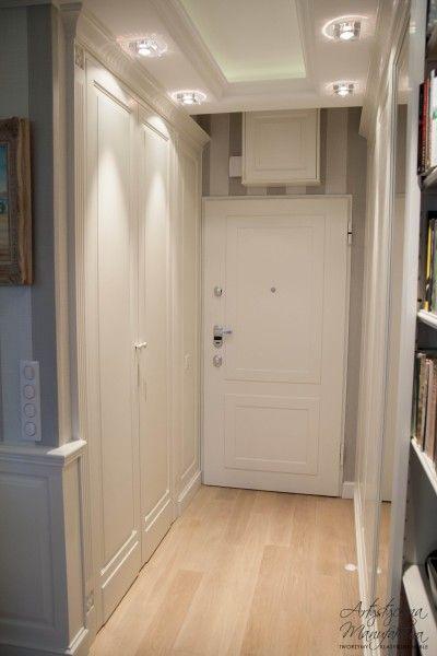 hol w zabudowie klasycznej, meble w stylu angielskim na wymiar, classic style entry, built in wardrobes, closet & storage - wykonanie Artystyczna Manufaktura
