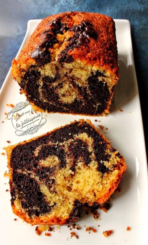 recette du cake marbré : lait, oeuf, sucre, farine, compote de pomme*, cacao en poudre, arôme vanille*,...