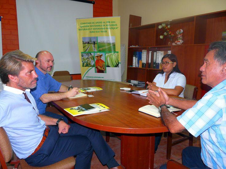 Gte.  Reg.RNYGMA y Coordinadora PP035 con consultores.