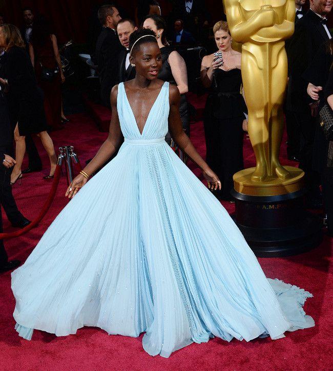 lupita at the oscars 2014 | Con este look Lupita Nyong'o se convirtió en la Cenicienta de ...