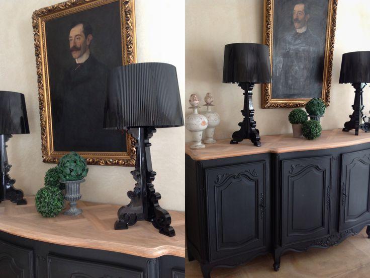 bahut peint en noir et son plateau bois brut accompagn de ses lampes bourgie de - Bahut Noir Bois
