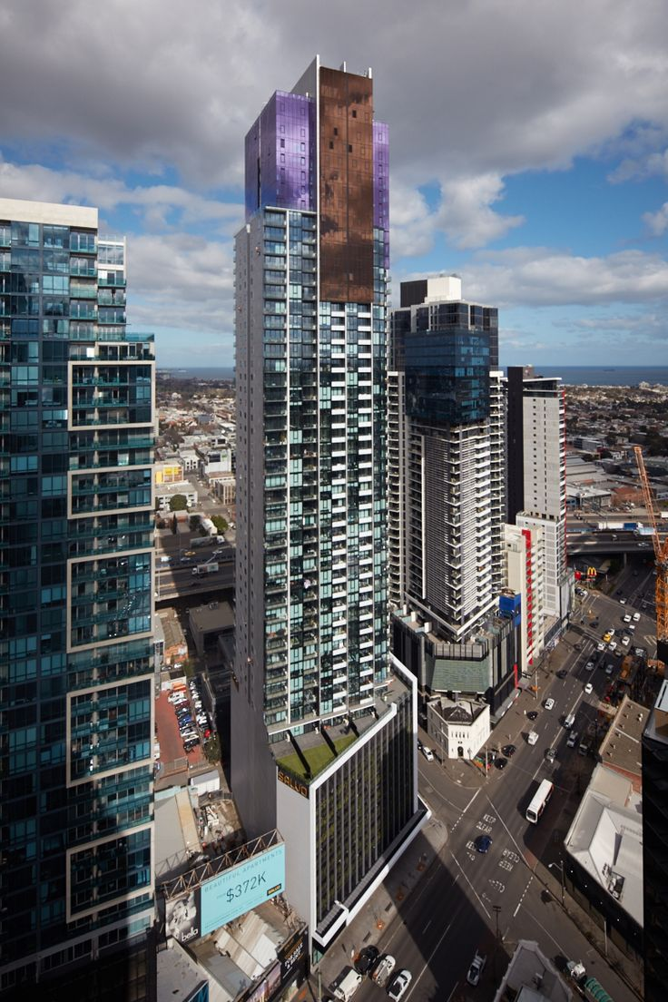 Platinum Tower is the newest landmark to grace the ever beautiful Melbourne skyline.