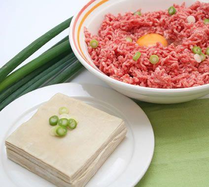 Ground Beef Wontons with Green Onion   Victoria Haneveer #wonton #chinesefood #chineserecipe