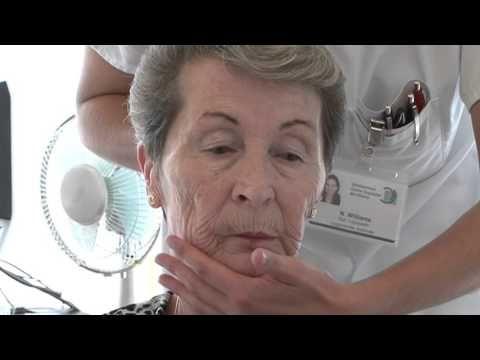 Dysphagie: Traitement des problèmes de déglutition au sein du service logopédie du CHB / 27.9.2015 - YouTube