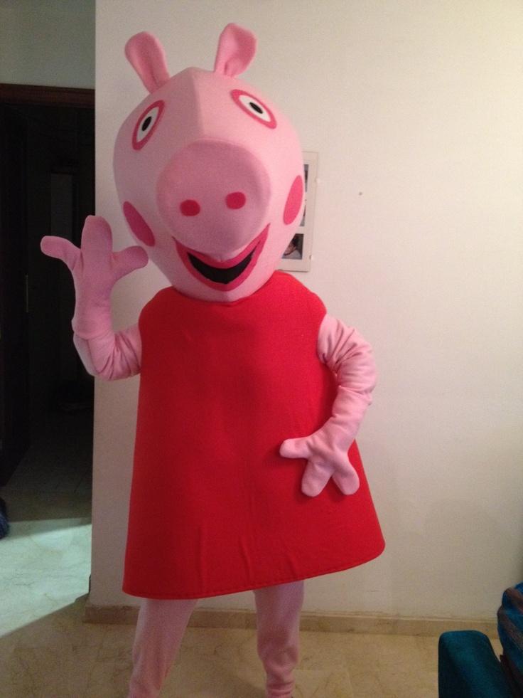 Disfraz de Peppa pig hecho con gomaespuma y otros materiales                                                                                                                                                      Más