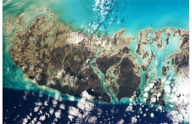 Chris Hadfield's photos from space mapped by Nova Scotia teacher