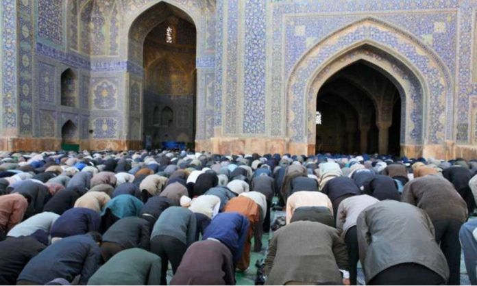 ΕΛΛΗΝΙΚΗ ΔΡΑΣΗ: ΒΙΝΤΕΟ: Μουσουλμάνοι ζητούν από τον Αλλάχ τέμενος ...