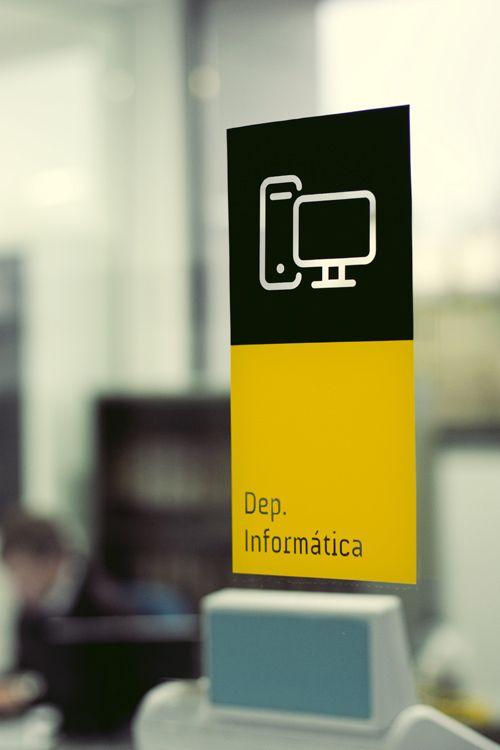 signage / barbal by gen design studio