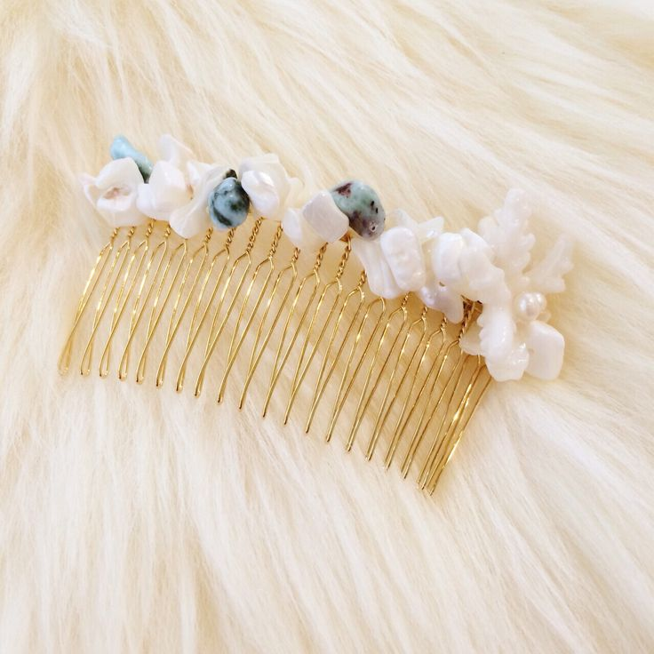 天然石と珊瑚のヘアアクセサリー  http://amamhandmade.buyshop.jp gemstone coral hair accesories