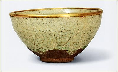 Tea Bowl, Mino Ware, Haku-temmoku type, Muromachi period, 16th century.