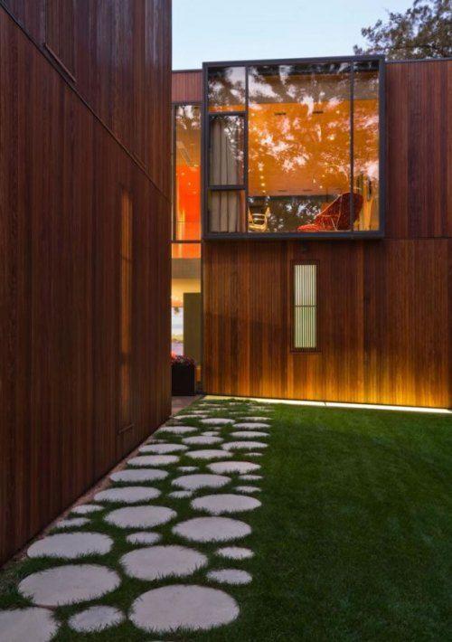 Awesome Modern Wooden House On Lake Okoboji : Terrific Wooden House On Lake  Okoboji With Stone Garden Paths