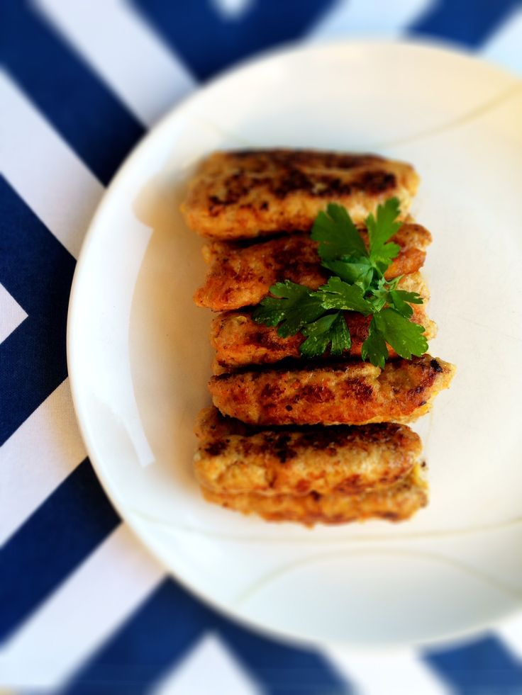 Homemade Skinless Chicken & Apricot Sausages