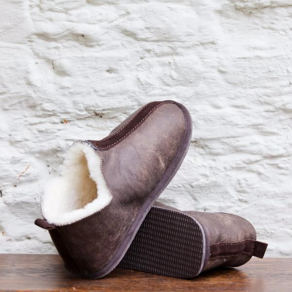 Shepherd Ladies Sheepskin Slippers with Sole (Olivia)