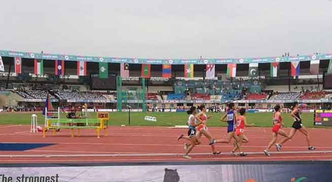 Bhubaneswar: Indian interests on the opening day of the 22nd Asian Athletics Championships were high with national record holder Muhammed Anas easing into the semi-finals of the men's 400m in the morning session. Incheon Asian Games bronze medalist Arokia Rajiv sailed through in first...