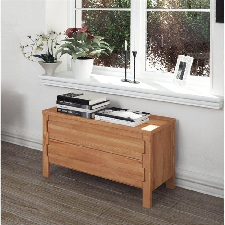 God morgon!☀️ Någon fler än vi som gillar kompakta funtkionella byråar?😊 Praktiska KOLI i massiv ek kan användas både som en avställningsyta med förvaring i hallen och i vardagsrummet eller som en klädbyrå i sovrummet. 🌳Kan fås även i ek och i olika utföranden. 📐B:100 cm H: 59 cm D: 47 cm Kika in i nätbutiken! . . . 💳Pris 6 567,80 (SEK) kr #förvaring #vardagsrummet #sovrummet #hallen #klädbyrå #byrå #förvaringsbyrå
