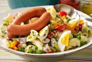 Nudelsalat mit Würstchen Rezept