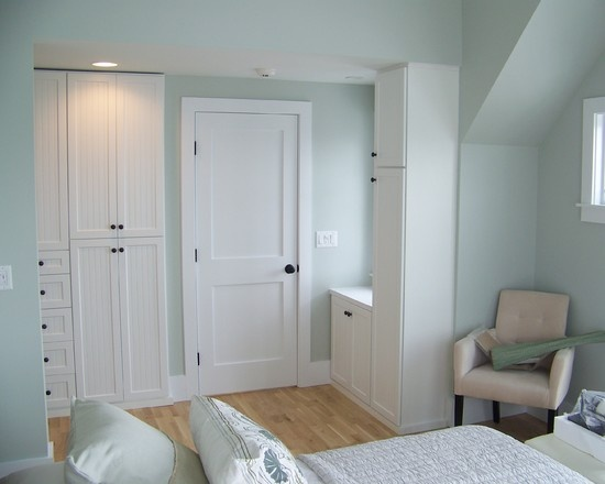 Bedroom cape cod bedroom design pictures remodel decor for Cape cod attic bedroom ideas