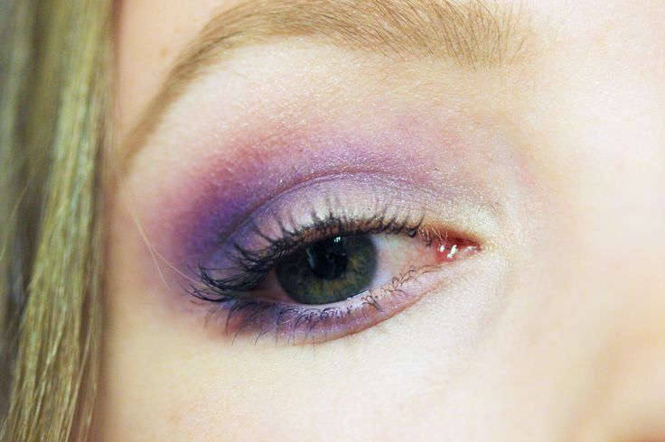 Purple eyeshadow look ♦ created with Too Faced primer, Elf 100pcs eyeshadow palette and GOSH