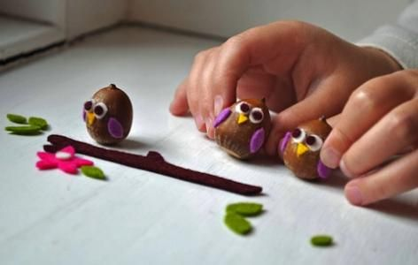 There are plenty of great inspirations out there when it comes to fall crafts for kids, have fun doing any one of these seasonal inspired projects.