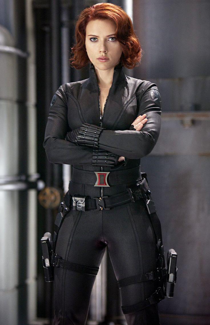 scarlett johansson the avengers    Ew! Scarlett Johansson Compares The Avengers Catsuit to Sweaty Pajamas ...