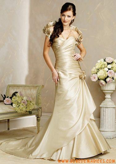 Robe de mariee pas cher couleur champagne