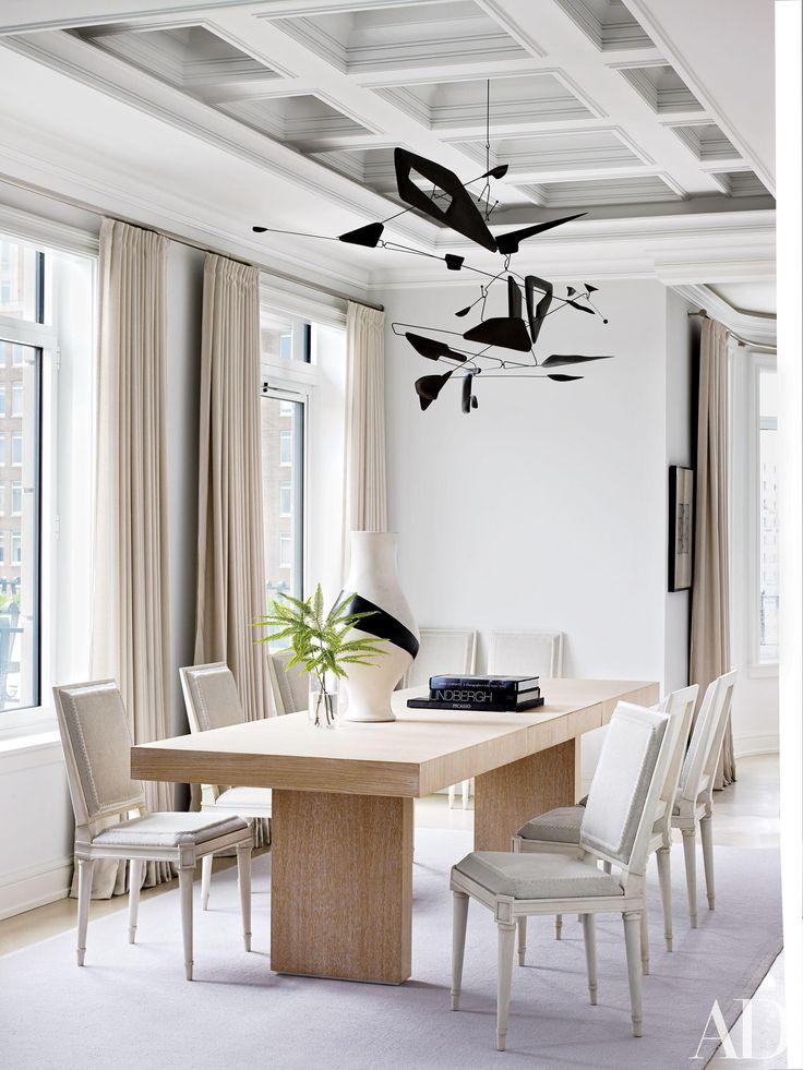 10 Modern Interiors by Shelton, Mindel & Associates