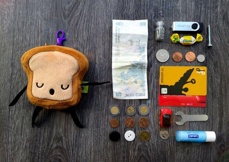 Coin Purse Mr. Little Bread Slice FREE SHIPPING First Week!!! de ChampuChinito en Etsy https://www.etsy.com/es/listing/251518637/coin-purse-mr-little-bread-slice-free