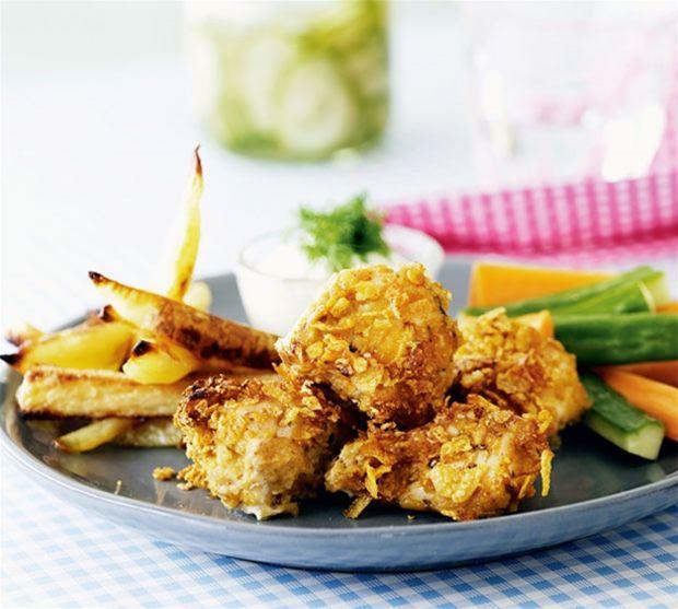 Sprøde kyllingenuggets med håndskårne fritter