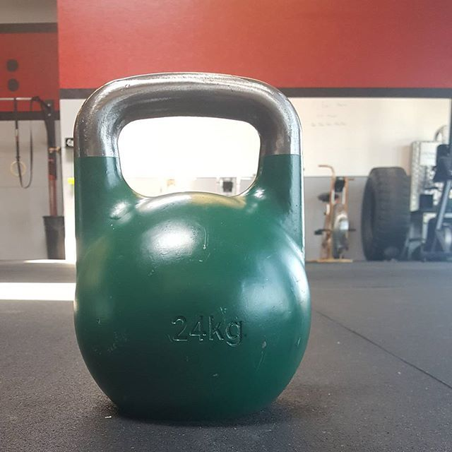24 KG | 53 LB Competition Kettlebell