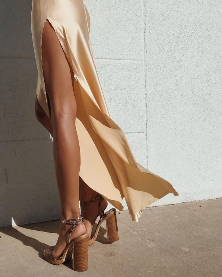 I don't know what I love more... Those shoes!? That dress!? Or maybe its her beautiful chocolate skin!?