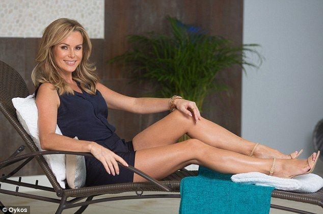 Amanda Holden's Feet << wikiFeet
